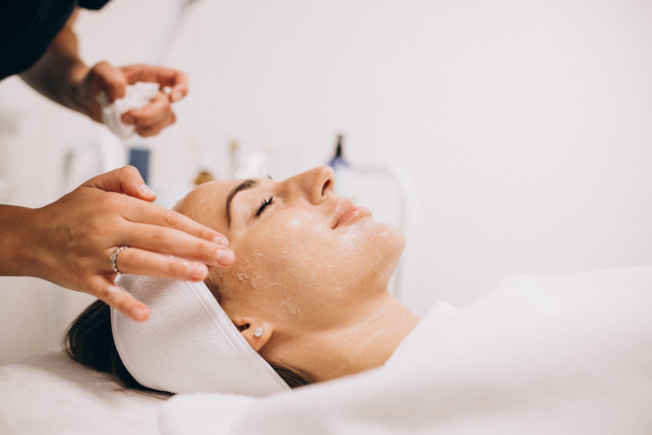 készítmények a test és a bőr tisztítására